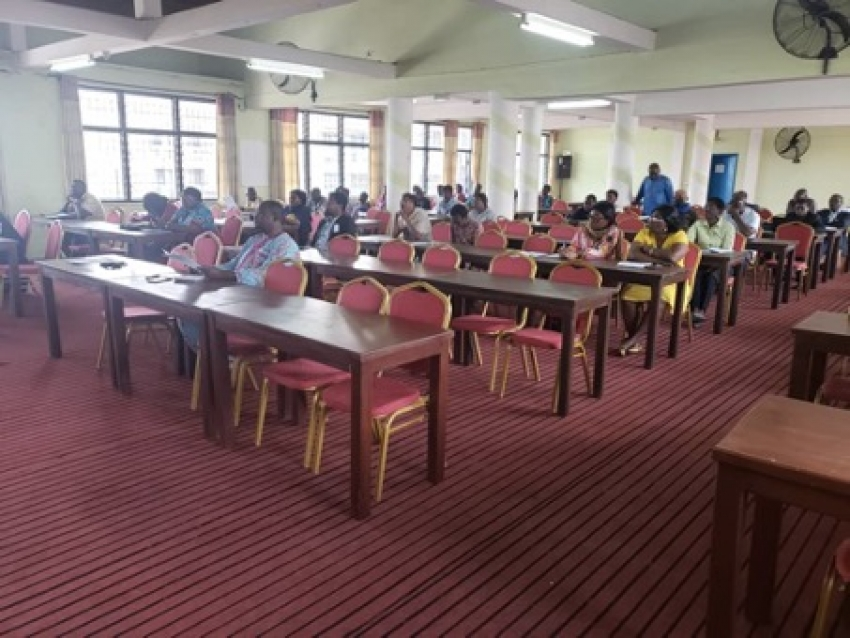 Workers of NECC learn how to evaluate work